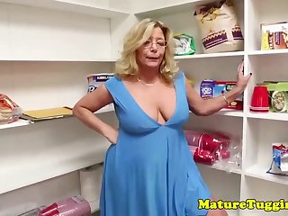 Mature ash-blonde lady with glasses gave a oral appreciation thither her step- son-in-law, until he came