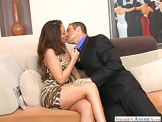 Whore wife Richelle Ryan seduces realtor while her husband is on a business trip