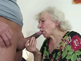 GERMAN ORDERLY CAUGHT GRANNIE JERK AND HELP Not far from Mite