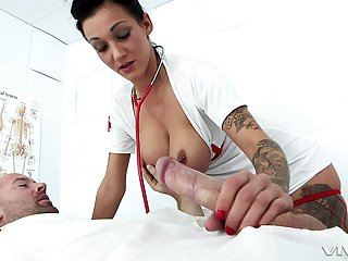 Hot nurse Chantelle Lucifer gets fucked by hard dick on the hospital's bed