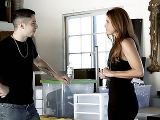 Mature seducer India Summer gives a massage to handsome young dude