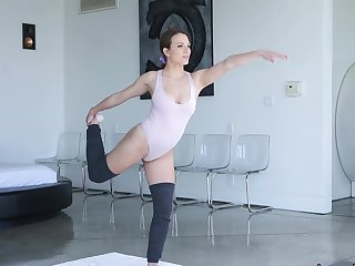 Yoga practice turn into fucking in doggy style - Lily Love