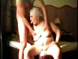 Busty Granny on every side webcam